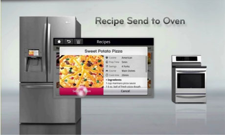 The-LG-smart-fridge-commu-007